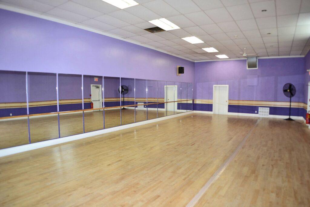 M - Studio 3